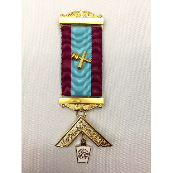 M013 Mark Pm Breast Jewel As M012 With Name & Number Of Lodge Engraved On Bars