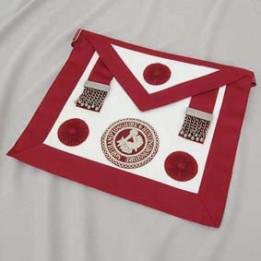 C041 Craft Prov Steward Apron - Lambskin (rosettes) Incl Badge